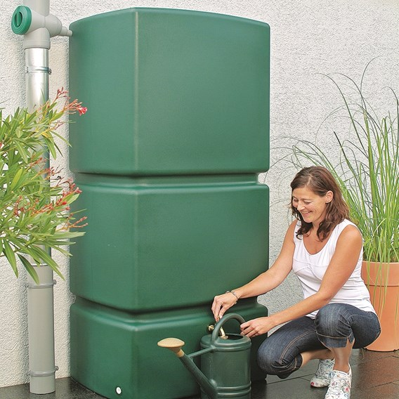Rainwater Wall Tank with Filter Collector - Green