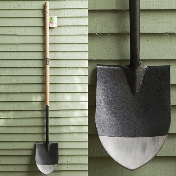 Long Handle Digging Spade (Rob Smith)