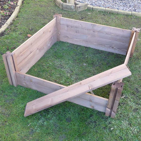 Classic Wooden Raised Bed, 4 Posts/8 Plank