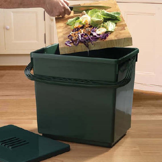 Compost Caddy Caddy